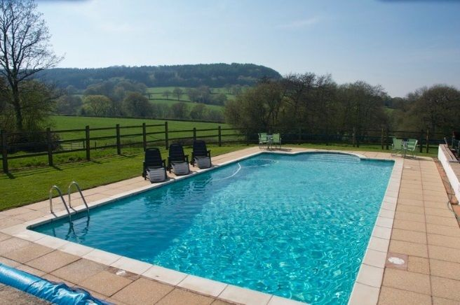 South Farm Farmhouse Self Catering Cottage For Hen Parties In Devon England