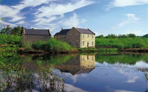 Darwin Lake Holiday Cottages Self Catering Cottage For Hen