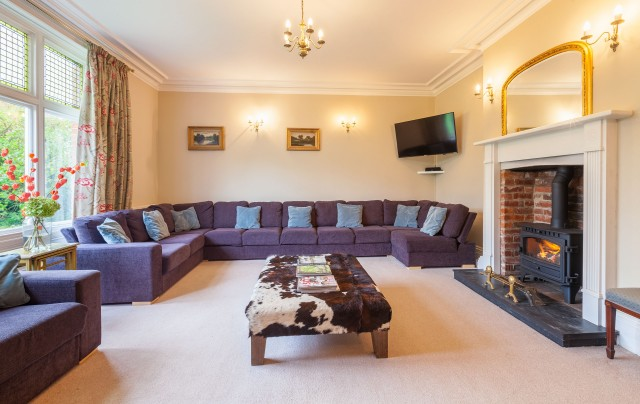 Edgar Farmhouse Self Catering Cottage For Hen Parties In