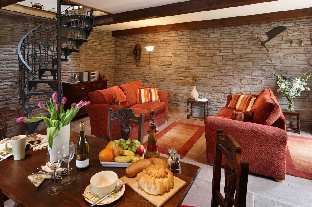 Holt Farm Cottages Self Catering Cottage For Hen Parties