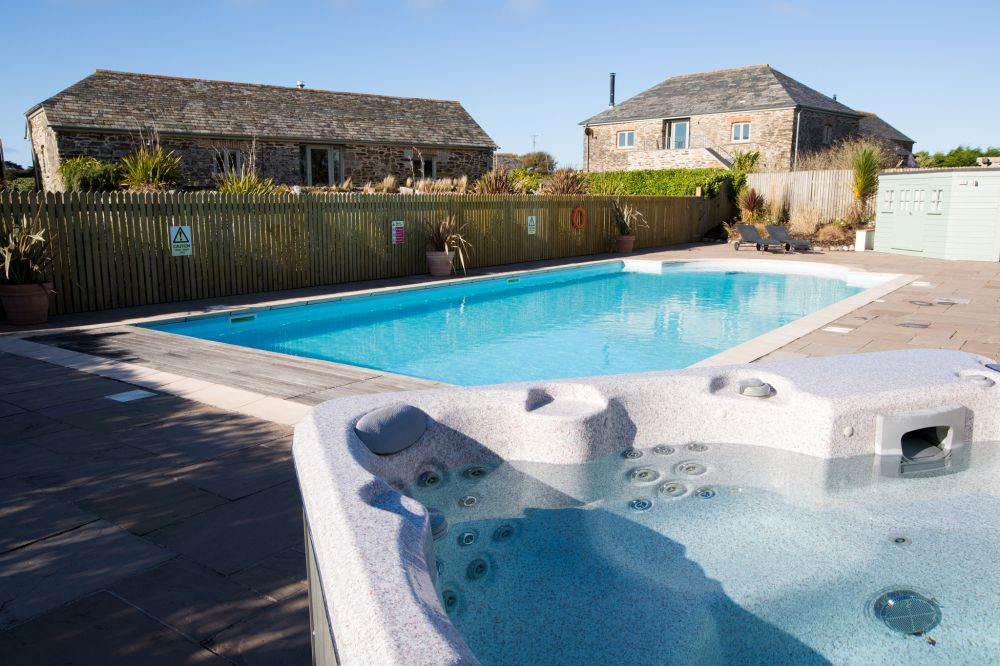 Mesmear Luxury Cottages Self Catering Cottage For Hen Parties In Cornwall England