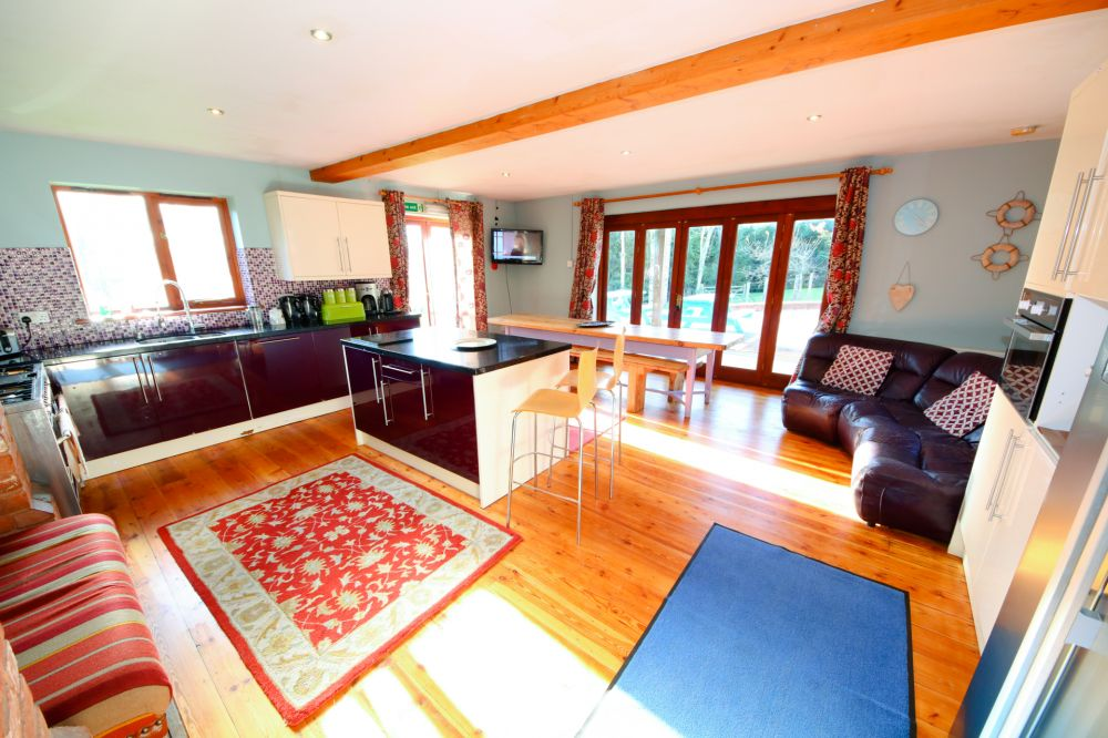 Oak Tree House Self Catering Cottage For Hen Parties In Devon England