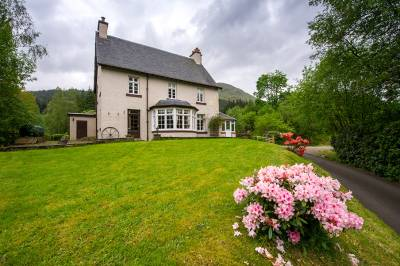 large cottages to rent in scotland