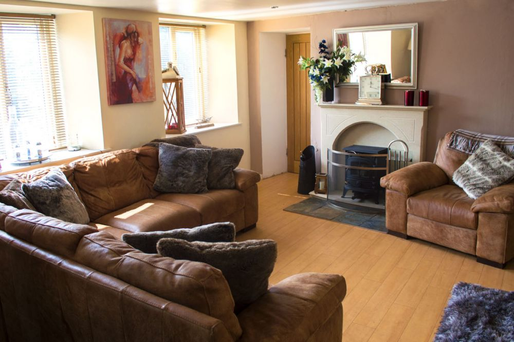 The Post House Cottage & Spa self catering cottage for hen ...