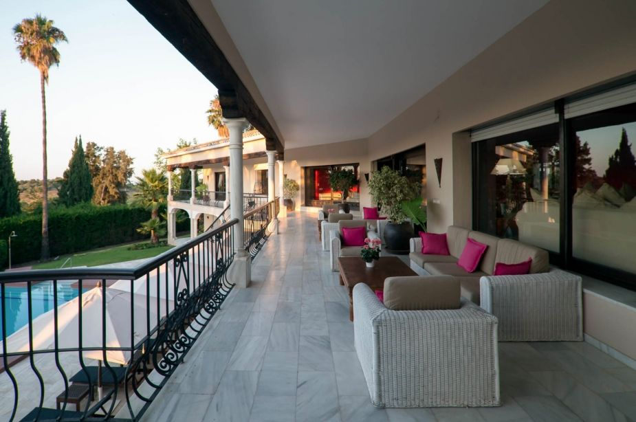 Marbella Palace Villa Self Catering Cottage For Hen